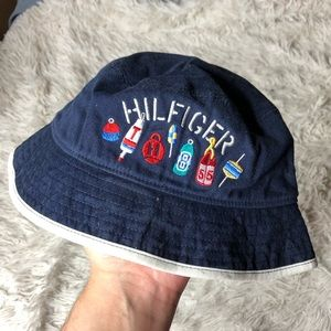 Tommy Hilfiger Bucket Hat!